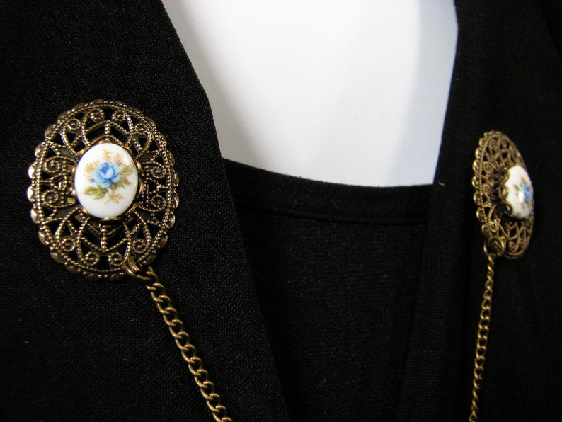 Jackets Sweater Clip Glass Cameo Blue Flowers for Cardigans Shrugs Oval
