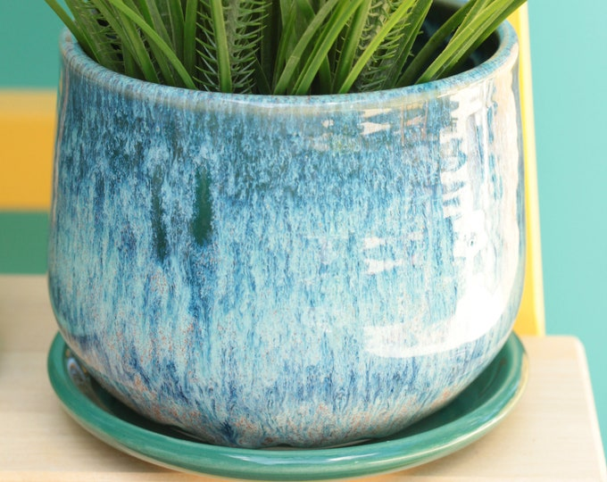 jade succulent planter // cactus planter // succulent pot // ceramic pot // flower pot //coastal decor