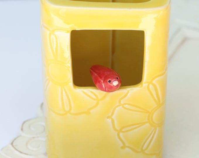 yellow vase // bird vase // red bird vase