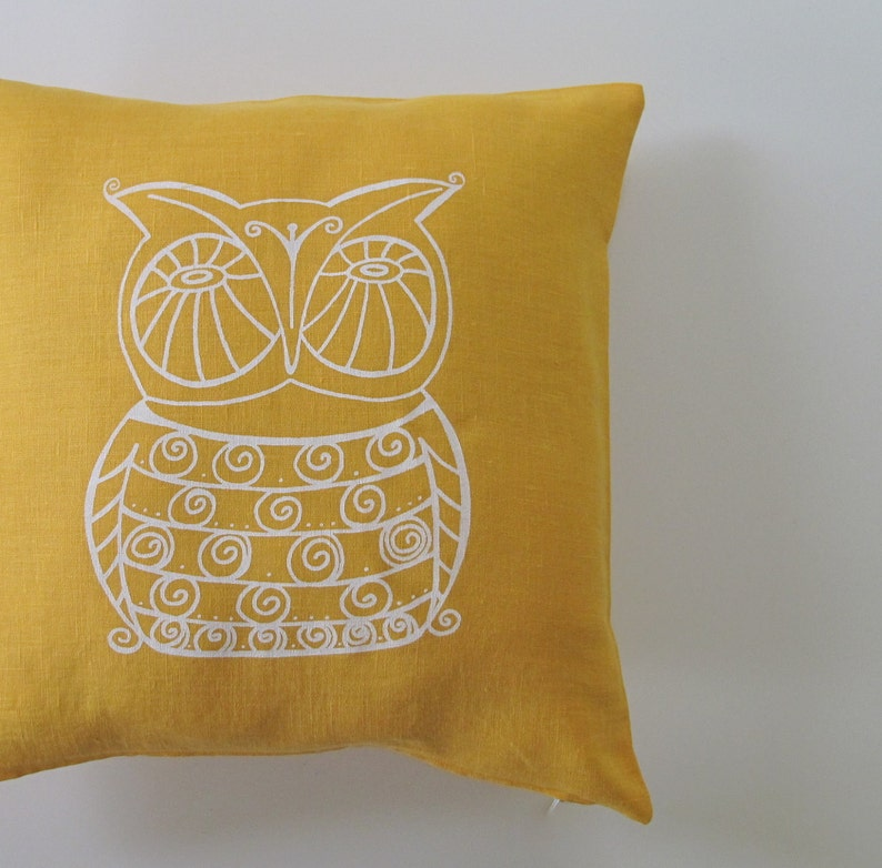 Pillow Cover  Cushion Cover  Owl design   16 x 16 inches  image 0