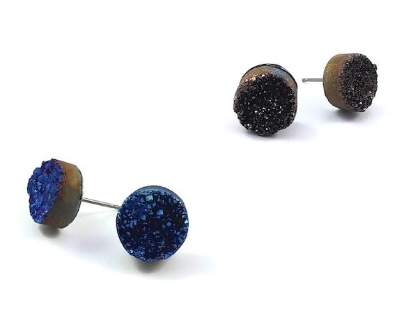 Icy quartz agate druzy stud earrings - Titanium and gemstone