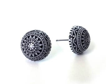 Navy and white boho stud earrings - Hypoallergenic pure titanium and acrylic