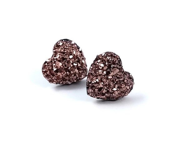 Champagne pink druzy heart stud earrings - Hypoallergenic pure titanium and resin