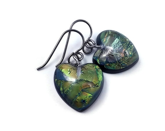 Emerald heart drop dangle earrings - Hypoallergenic pure titanium and resin earrings
