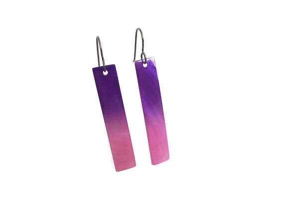 Pink and purple rectangle dangle earrings - Titanium and shell