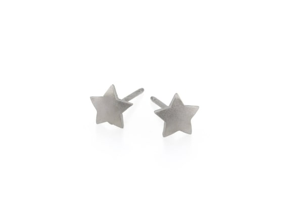 Star Titanium Stud Earrings, 100% Hypoallergenic, Sensitive ear