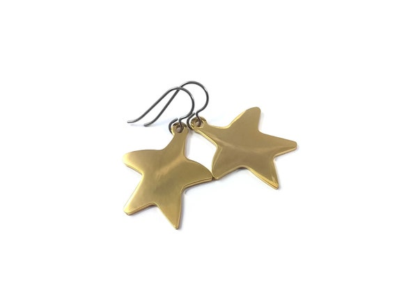 Gold starfish dangle earrings - Hypoallergenic pure titanium and stainless steel
