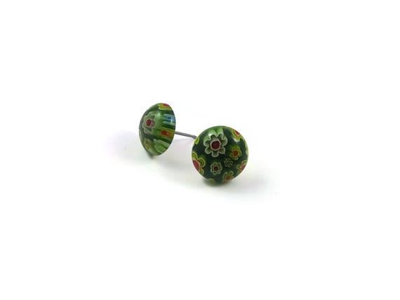 Green millefiori stud earrings - Titanium and glass