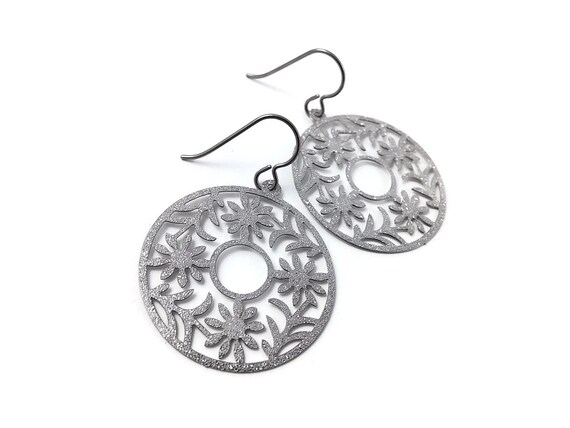 Silver glitter round dangle earrings - Pure titanium and stainless steel
