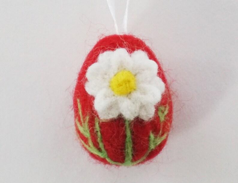 Felt Easter Easter Ornament Easter Gift Double Daisy Flowers Easter Decor Needle Felted Mini Egg Ornament