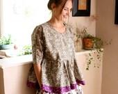 size XS khaki floral blouse w/liberty print trim
