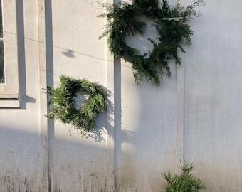 Small Mixed Evergreen Wreath
