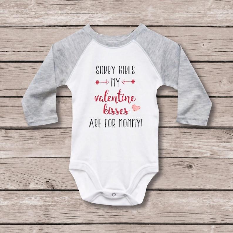 Valentine/'s Day Shirt for Baby Valentine/'s Gift for Baby First Valentines Valentine/'s Day Shirt Mommy/'s Boy Boy Valentine/'s Day Shirt