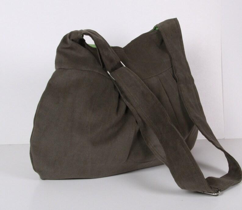 Messenger bag  Everyday bag  Pleated Bag Tote  Shoulder Bag  Adjustable strap  Olive Green  Cross Body  Diaper Bag