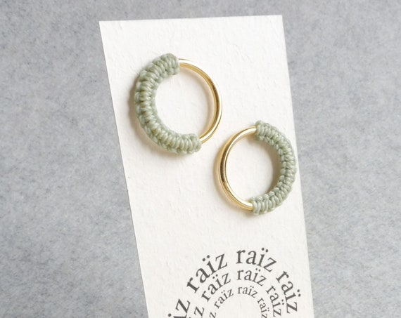 M E Ï A . Circle Hoop Stud Earrings . Gold or Silver . Modern Fiber Jewelry . Micro Macramé .  © Design by .. raïz ..