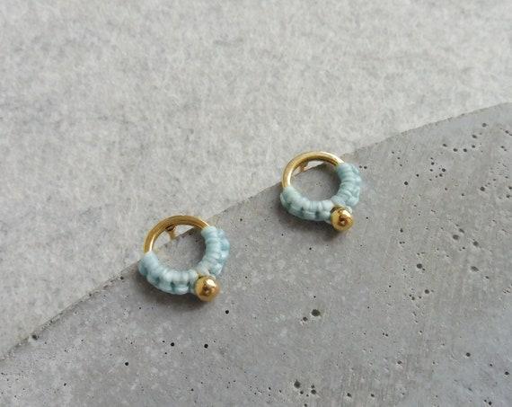 J U N A . Small Open Circle Stud Earring . Tiny Round Studs . Fiber Earrings . Minimalist Macramé Earrings . Design by .. raïz ..