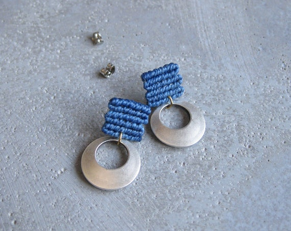 L u a . Blue Stud Earrings with Circular Silver Adornment . Fiber Textile Jewelry.  © Design by .. raïz ..