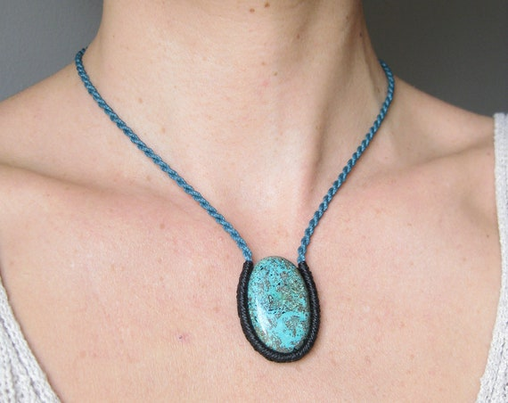 O n d i n e . Chrysocolla Stone . Macrame Rope Necklace .  © Design by .. raïz ..