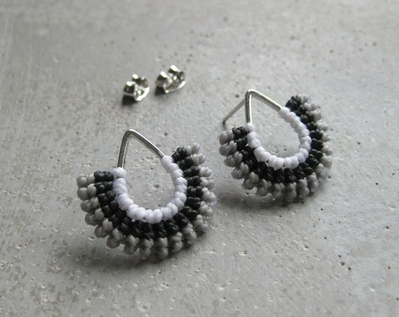I b e y i . Silver Teardrop Textile Stud Earrings . © Design by .. raïz ..