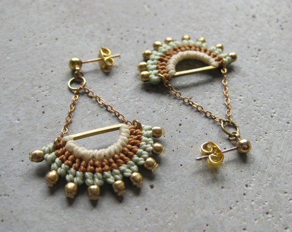I N T I . Long Dangling Fiber & Brass Earrings . Micro Macrame © Design by .. raïz ..