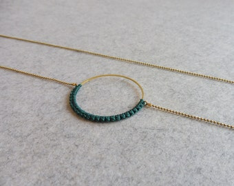 Emerald Green Circle Brass Pendant . Round Hoop Necklace . Minimalist Modern Macrame . Crochet Fiber Textile Jewelry . Design by .. raïz ..