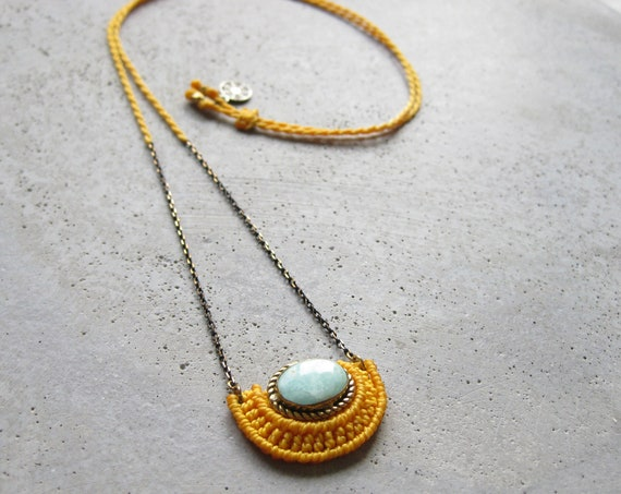 O R Ü N Necklace . Amazonite . Micro Macrame Jewelry . © Design by .. raïz ..