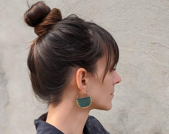 B a h i a . Woven Brass Hoop Earrings . Modern Textile Fiber Jewelry . © Design by .. raïz ..