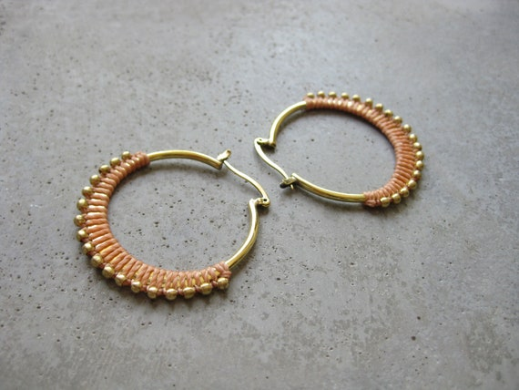 C A L Y P S O . Coral . Silver Plated Fiber Hoop Earrings . Textile Jewellery . Boho Earrings Jewelry . Design by .. raïz ..