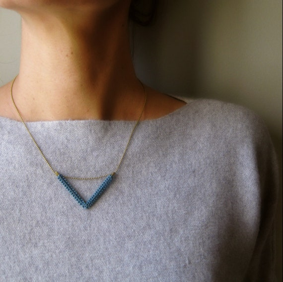 Chevron Brass Chain Necklace . Dainty Modern Minimalist Macrame . © Design by .. raïz ..