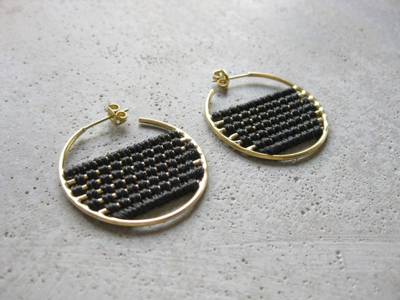 B a h i a . Woven Brass Hoop Earrings . Modern Textile Fiber Jewelry . © Design by .. raïz ..