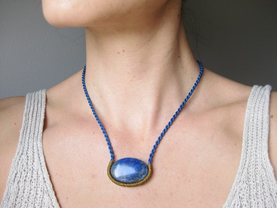 O n d i n e . Lapis Lazuli Macrame Stone + Rope Necklace . Design by .. raïz ..