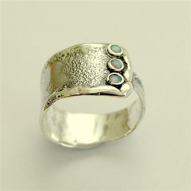 d5d0d854eac Rustieke zilveren band sterling zilveren ring opalen   Etsy