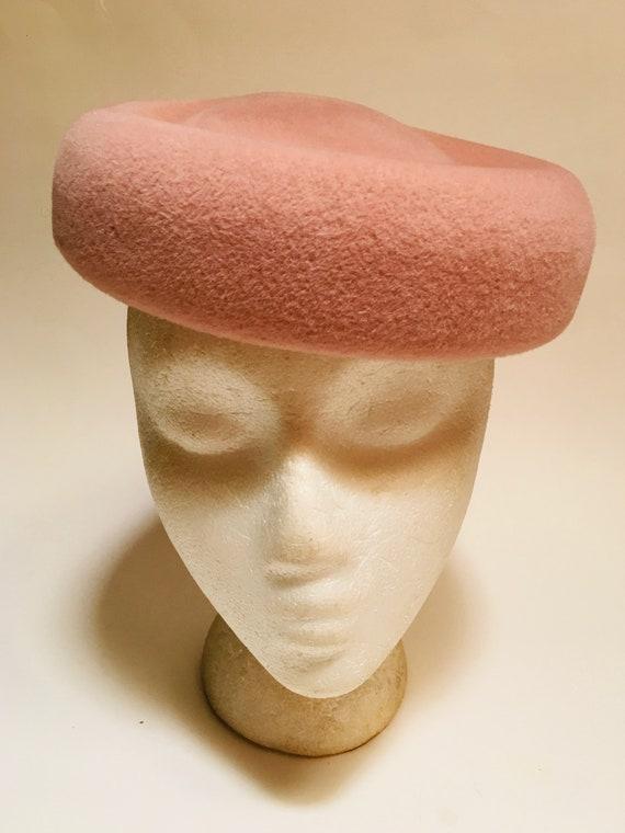 Classic 50s Mushroom Hat | Kerrybrooke Beret Pink