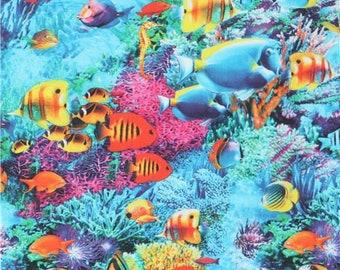 220470 Tropical Fish Fabric Robert Kaufman
