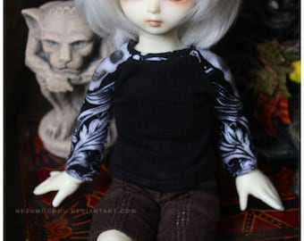 ABJD Dollfie Soom TG Teenie Gem and LTF Little Fee Skull and Flourish contrast long sleeve tee