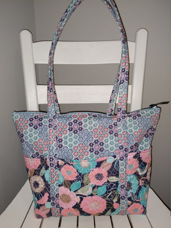 69b05ec4d17e 12 Pocket Quilted Purse Pink and Blue Floral with Birds