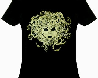 4cedd1578 Gold Tentacled Medusa T-sirt