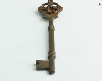 Rustic Skelton Keys , 42mm Rustic Filigree Key, rusty finish, pack of 2,  05425RU