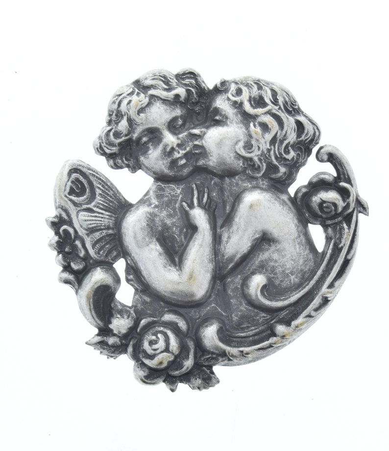 sold by 2 each per finish 4 total Cherubs kissing charm 56mm Antique Gold Kissing 56mm 04225ASAG
