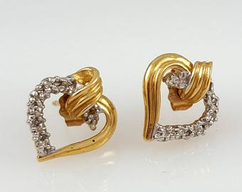Vintage Gold Earrings - 14k Solid Gold Stud Earrings - Vintage Diamond Earrings - Vintage Heart Earrings - Vintage Gold Stud Earrings -Studs
