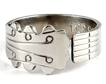 Guitar Neck Spoon Ring - Stainless Steel Musician Jewelry