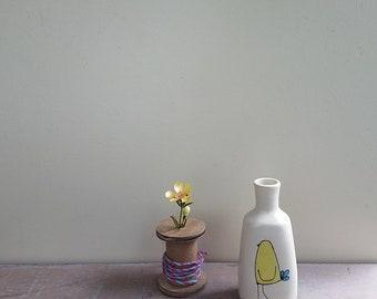 Yellow bird vase, small bird flower vase, ceramic spring flower garden vase