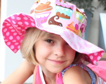 Sun Hat with cute polka dots for toddler girls 548bd46a22e4