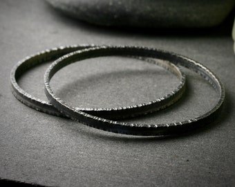 Hammered edge oxidized sterling silver heavyweight stacking bangle bracelet