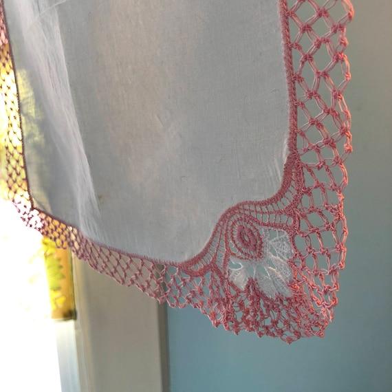 Crochet Handkerchief Pink Handkerchief Three Vintage Linen Handkerchief with Crochet Edge Pink Crochet Handkerchief Wedding Handkerchief