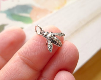 Bee Charms Bee Pendants Antiqued Silver Bee Charms Set BULK Charms Spring Charms Wholesale Charms 200pcs