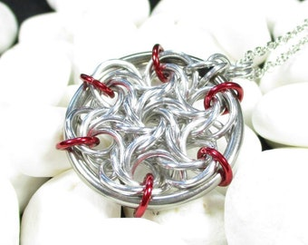 Moorish Rose Chainmail Pendant - Choice of Colors
