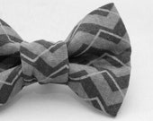 Dapper Cat Black and Gray Zig Zag Pattern Cat Bow Tie