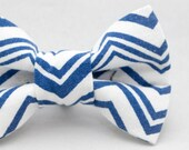 Dapper Cat Blue and White Zig Zag Pattern Cat Bow Tie