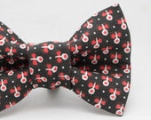Dapper Cat Black and Red Flower Pattern Cat Bow Tie